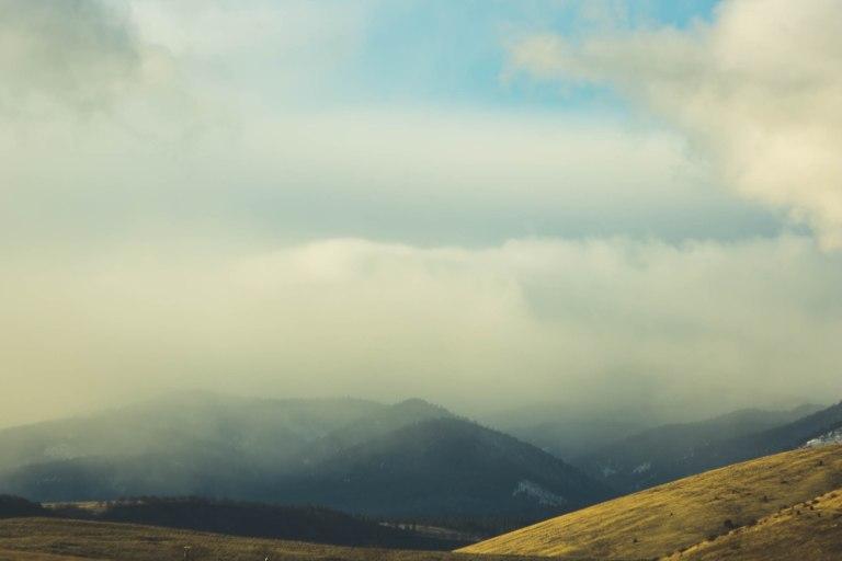 White river falls- Foggy hills -9993