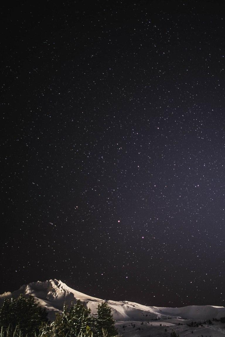 Twin Lake hood stars 3-2427